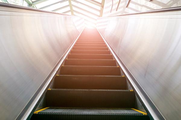 Riksa Uji Elevator dan Eskalator
